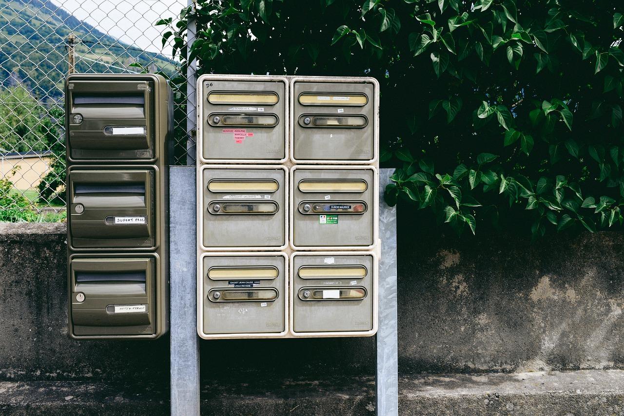 Csomagátadó automaták